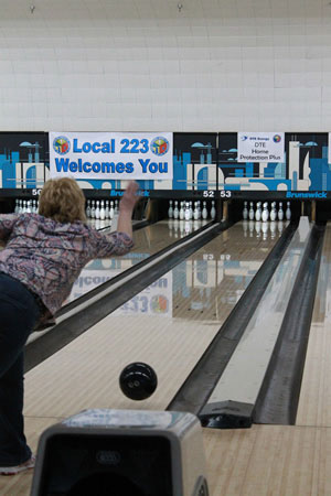 locals-2016-thaw-bowling-3